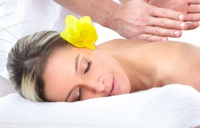 Masaje relajante con aromaterapia de 60 min