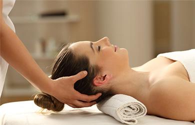 Masaje en espalda y cervicales de 50min con tratamiento de osteop