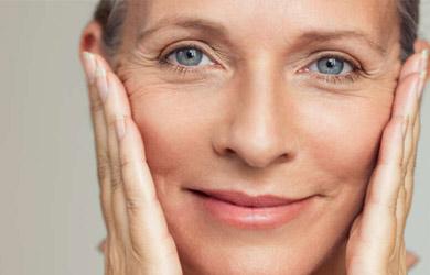 Tratamiento médico de relleno con ácido hialurónico