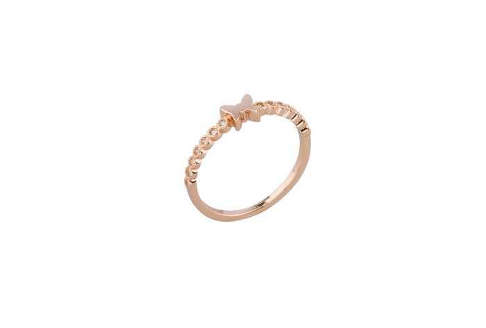 Anillo Zoe bañado en oro rosa 18k y cristales de Swarovski