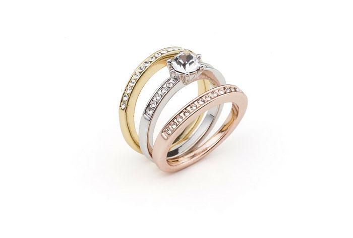 Anillo Eugenia. Conjunto de anillos bañado en oro blanco, amarill