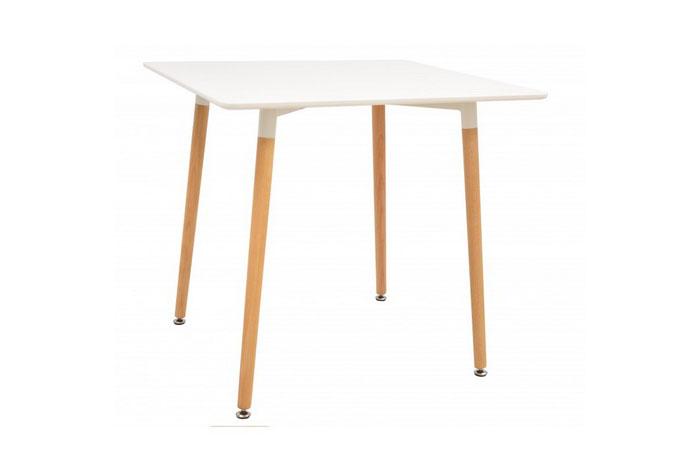 Mesa madera, tapa lacada 80 x 80 cms. Varios colores.