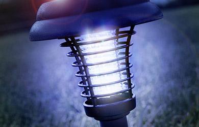 Lámpara solar antimosquitos para jardín