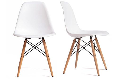 Silla Wooden Blanca uno de los modelos más populares del diseño d