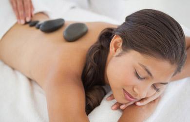 Masaje de 90 min relajante y descontracturante con piedras calien
