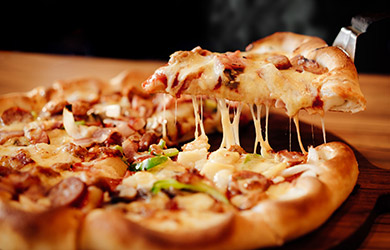 Pizza casera + Bebidas