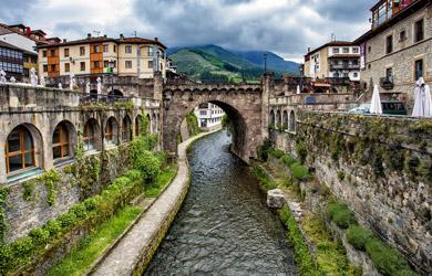 Circuito de 7 días en autobús a Cantabria y Asturias desde Bilbao