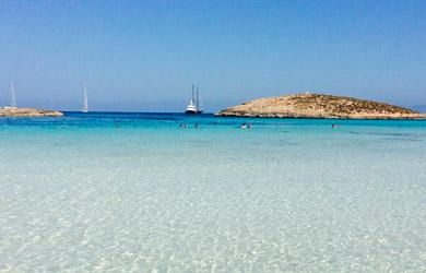Viaje de 6 días en Ibiza y 3 días en Formentera, vuelos desde Bil